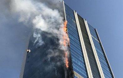 Ankara'da Plazada Çıkan Yangın Korkuttu?